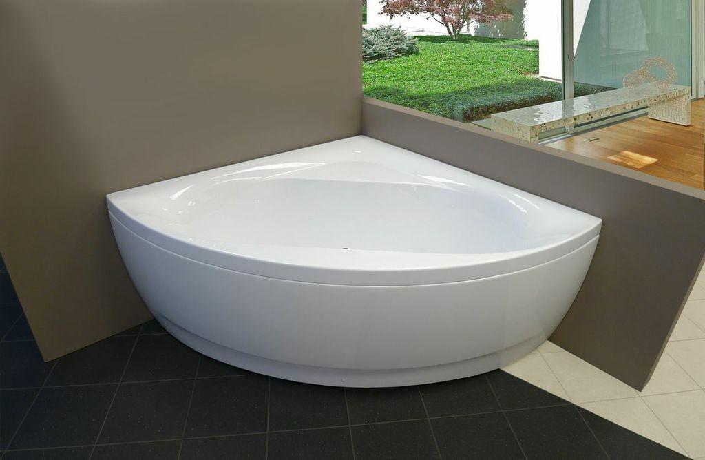Vasca Da Bagno Dipingere : Rolltop vasca da bagno nella camera da letto del paese con crema