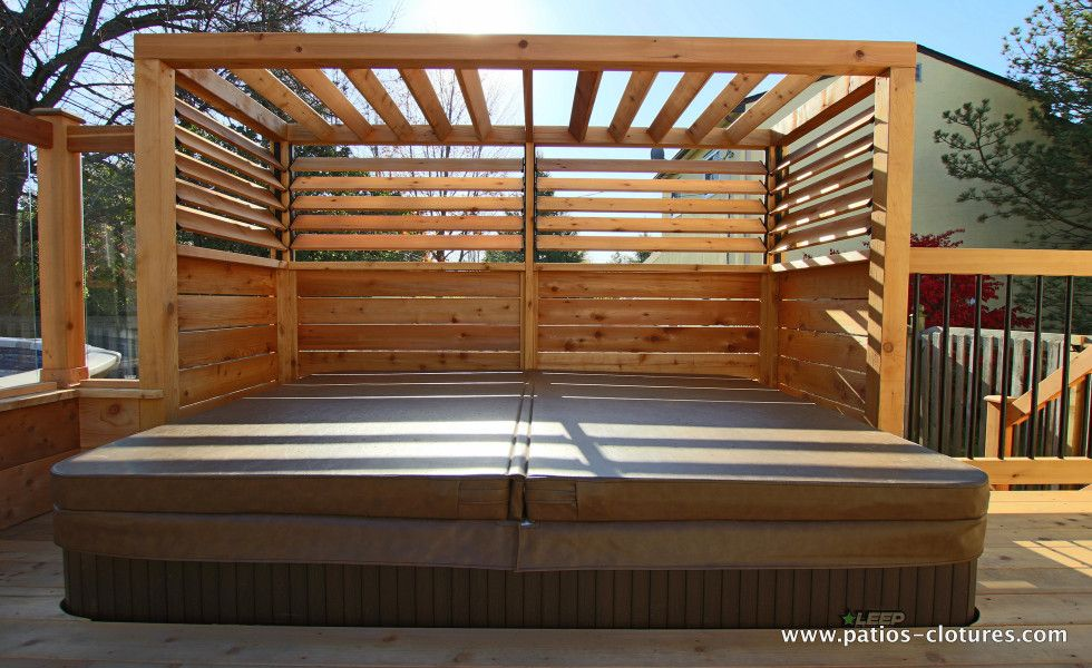 Built in spa patio brunelle 5 mur intimite spa for Spa et patio