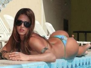 Latina With Perfect Ass In Thong In The Pool Brunette Hot Thong