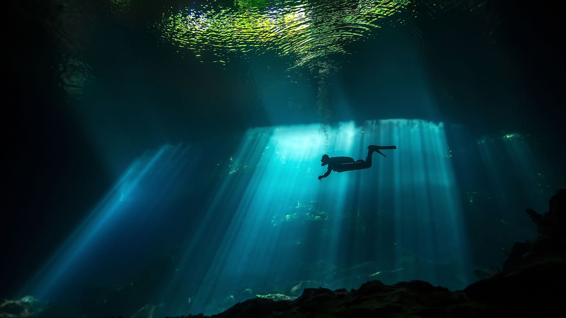 Wallpaper Diver, Sunbeam, Underwater, 4K, Travel 18736