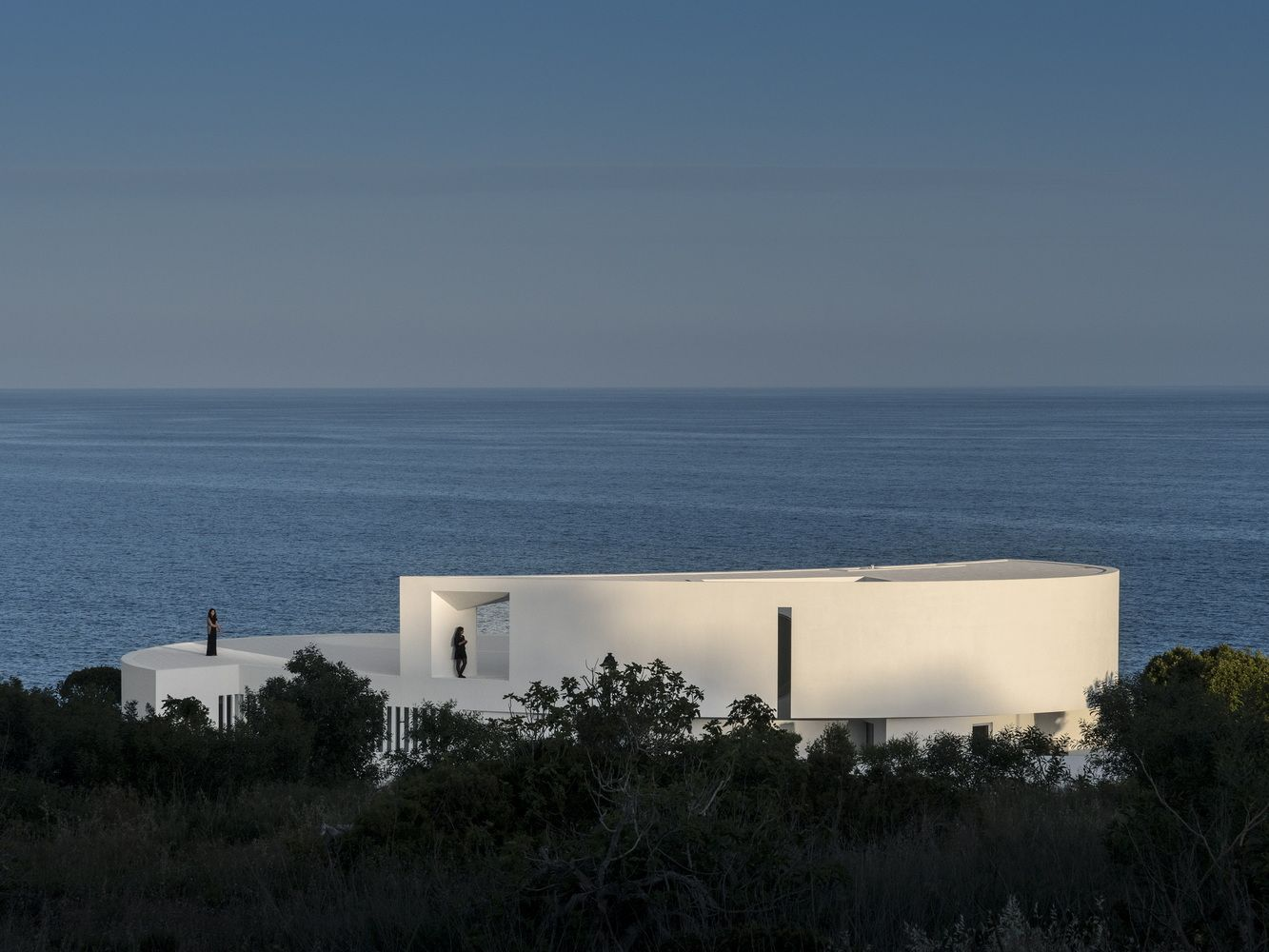 Gallery of Casa Elíptica / Mário Martins Atelier - 33