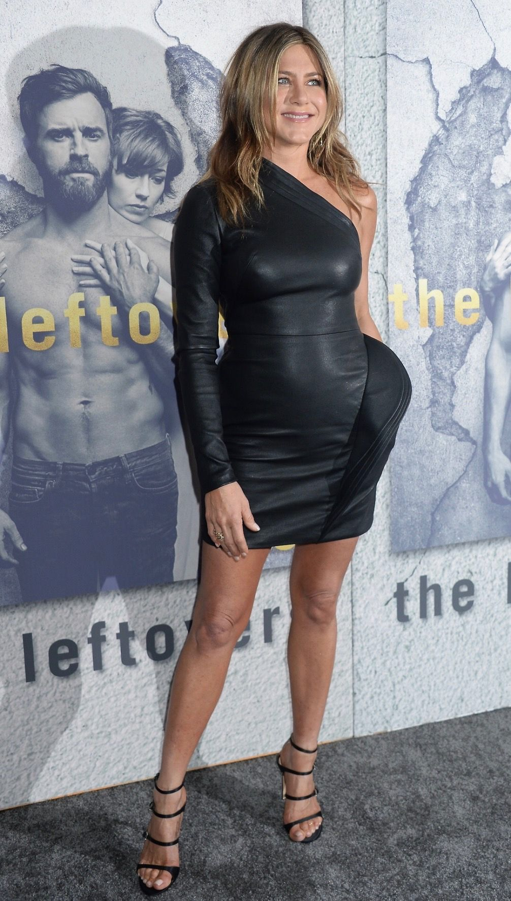 2a0fd9d770b Jennifer Aniston | Jennifer aniston in 2019 | Jennifer aniston ...