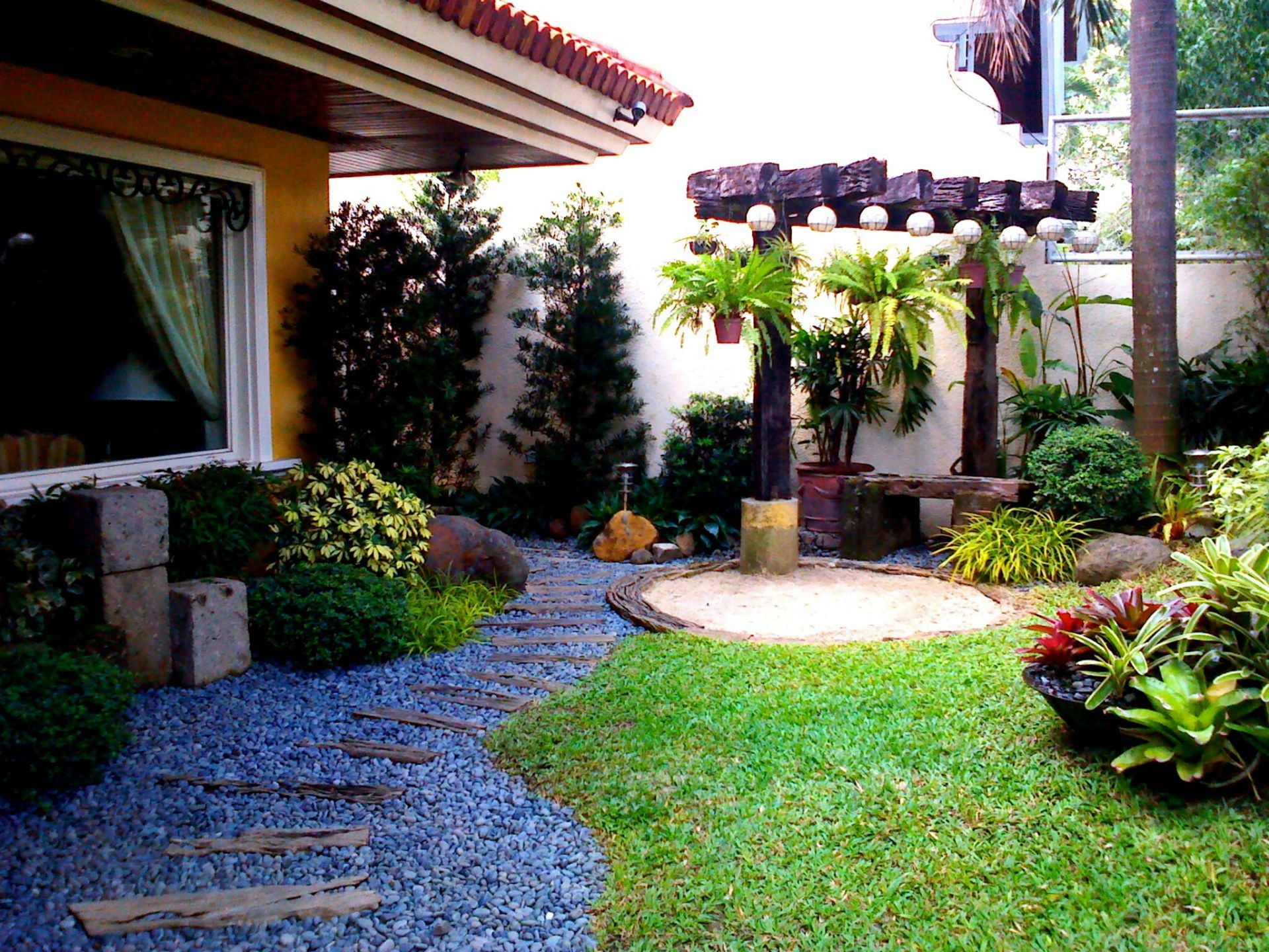 The garden landscape design front yard landscaping ideas for Pocket garden designs philippines