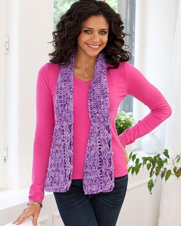 Free Fantail Scarf Crochet Pattern from RedHeart.com | crochet ...