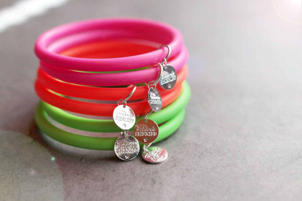 neon, fluo, jonc, bracelet, www.cherie-sheriff.com/shop