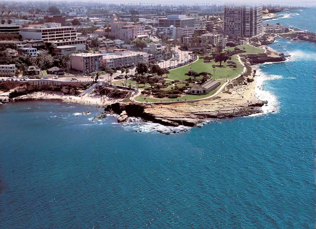 San Diego´s oceanfront family resort: La Jolla Coves Suites as seen ...