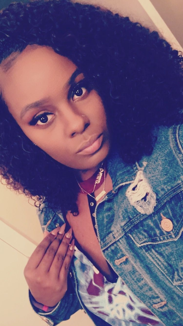 Double nose piercing, kinky curly hair #doublenosepiercing