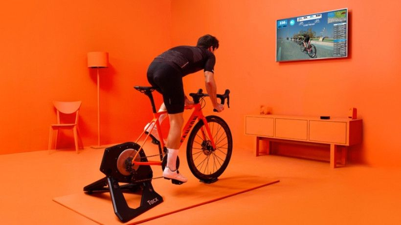 Zwift A Guide To The Virtual Training Platform For Cyclists And Runners Indoor Bike Cycling For Beginners Zwift Cycling