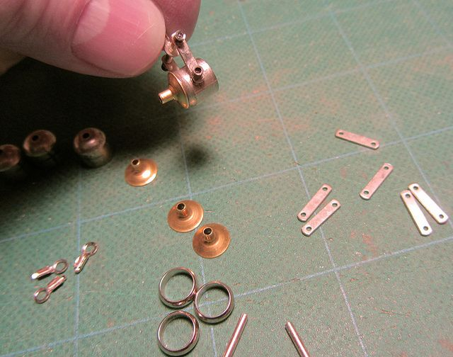 Making Spotlights from Jewelry Pieces | Flickr - Photo Sharing!