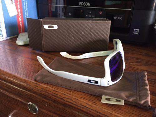 Oakley Sunglasses ?? https://t.co/hqVgjBIWBd https://t.co/kh3JL4sJXO