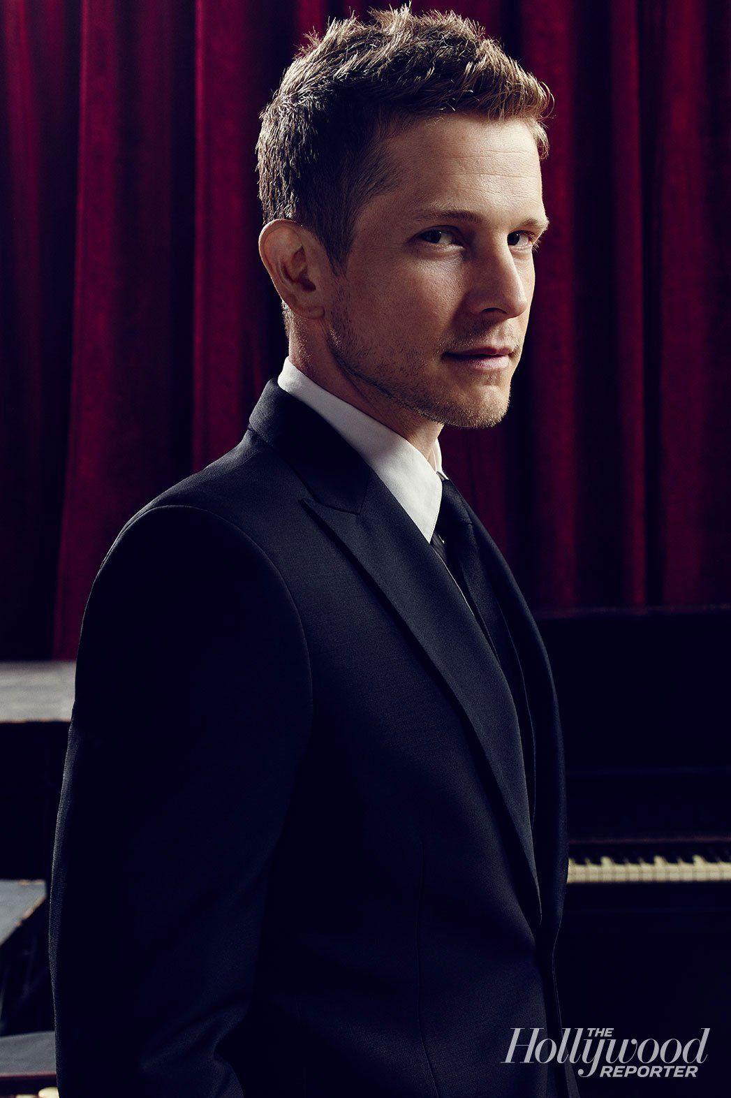 Emmys Thr S Star Studded Photo Shoot Gathers 28 Supporting Actor Contenders Matt Czuchry Girlmore Girls Gilmore Girls Cast