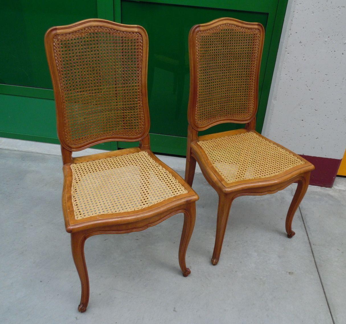 Coppia di sedie in faggio massello e paglia di Vienna provenzali