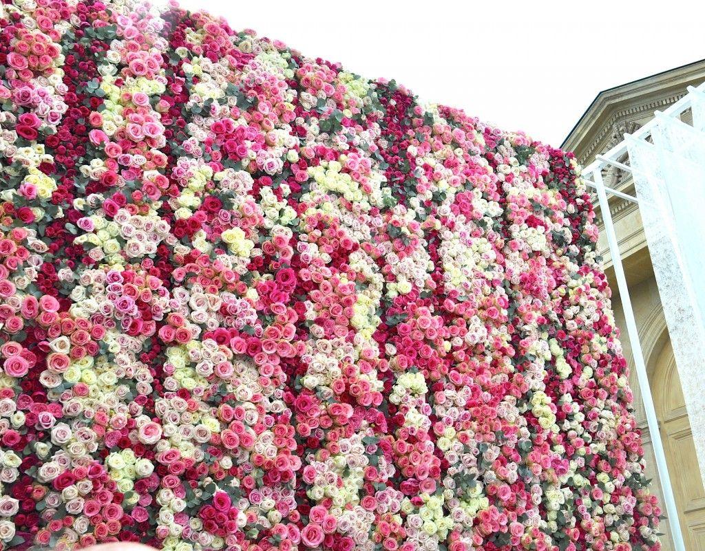 Flowers In The Wall Garden - Vertical gardens the dadagreen and other creative ideas in urban gardening bloom at jardins jardin aux tuileries the annual paris garden show