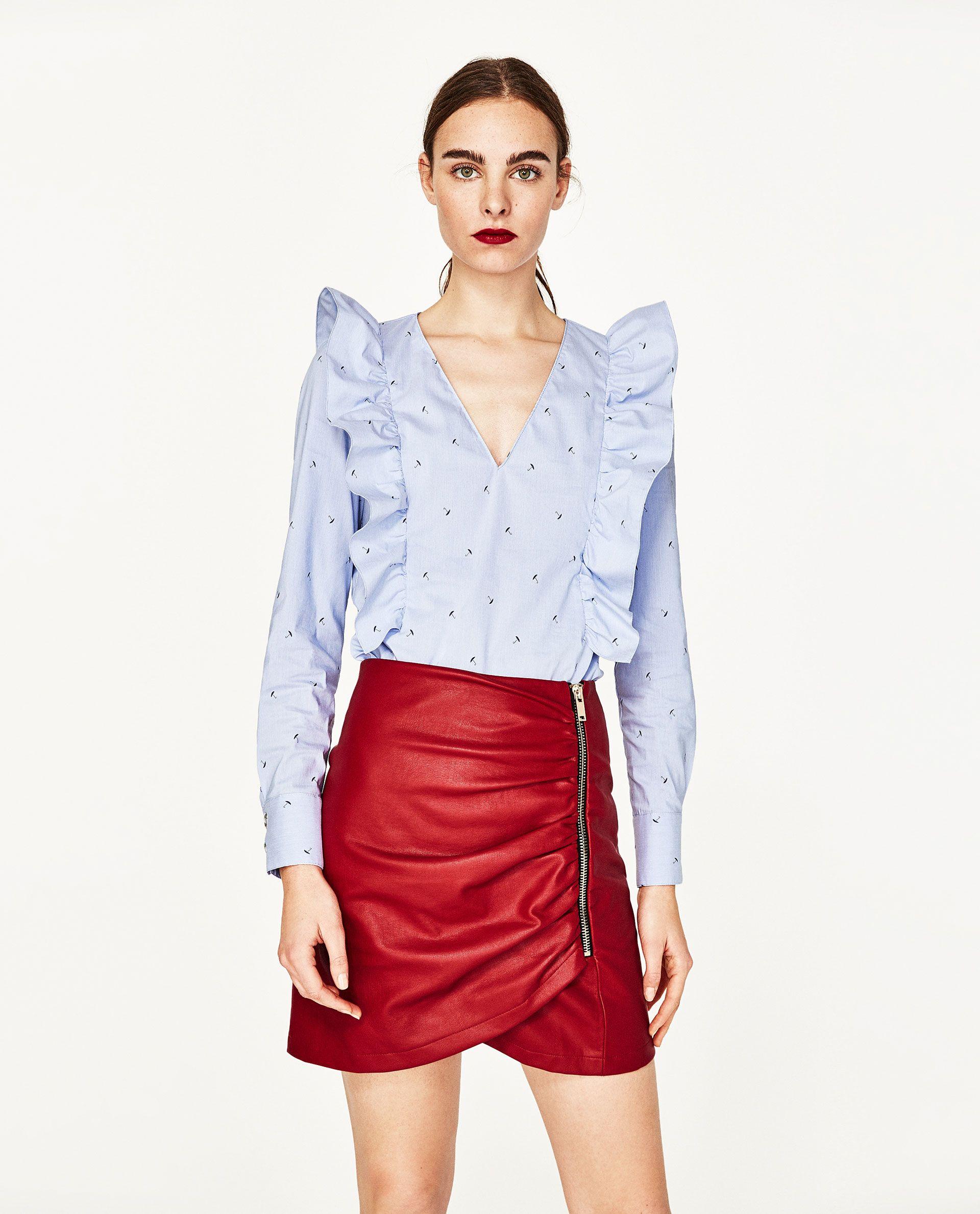 0912840ae ZARA - FEMME - CHEMISIER AVEC COL EN V ET VOLANTS Camisa Zara