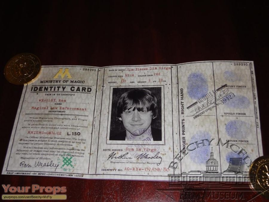 Harry Potter Movies Ron Weasley S Ministry Of Magic Id Card Replica Movie Prop Harry Potter Creatures Harry Potter Harry Potter Logo