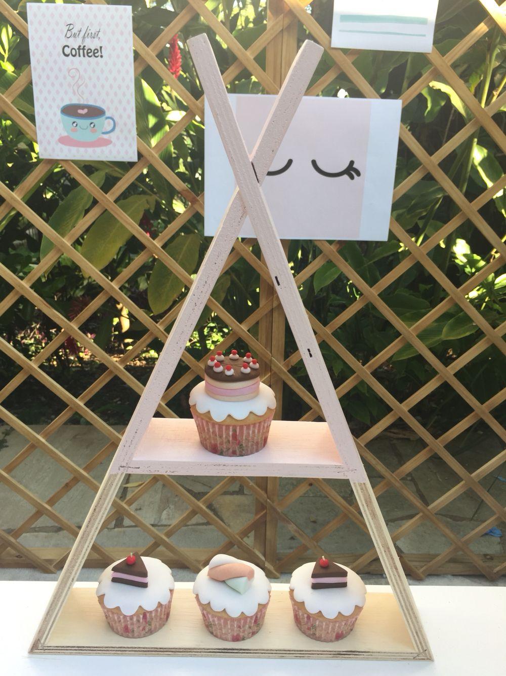 Cupcakes decorados festa confeitaria