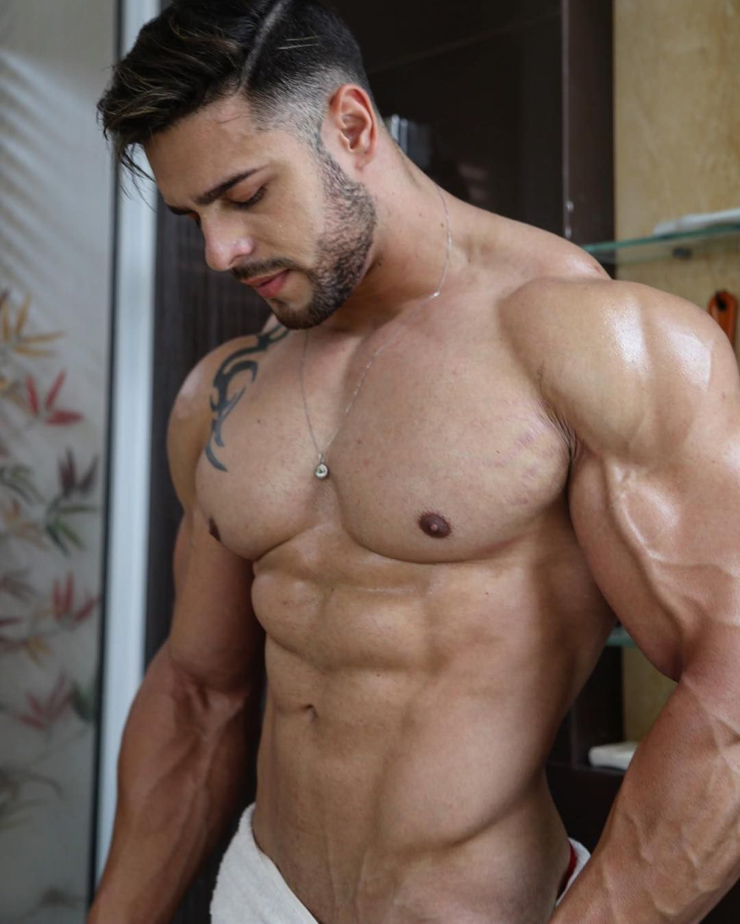 from Flynn big gay guy muscle