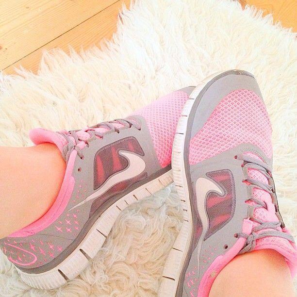 grey and pink nikes #runbecauseyoucan