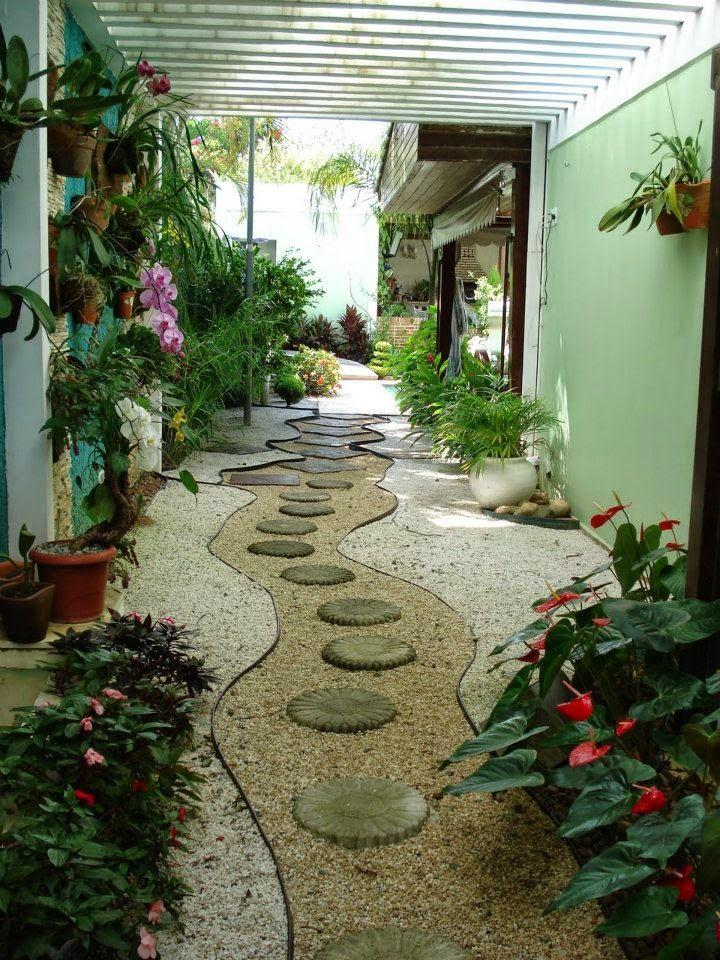 Ideias para decorar estes corredores e poder inspirar for Decorar muro jardin