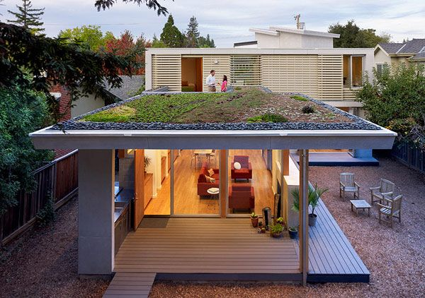 Bright Modern Home Efficient Design 1 Bright Modern Home Eco Space And Cost Efficient Design Architecture Green Roof Roof Design