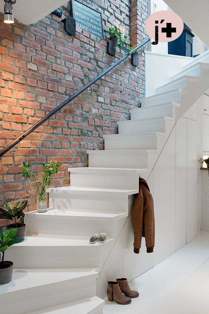 Bright, Youthful and Cozy in Gothenburg (With
