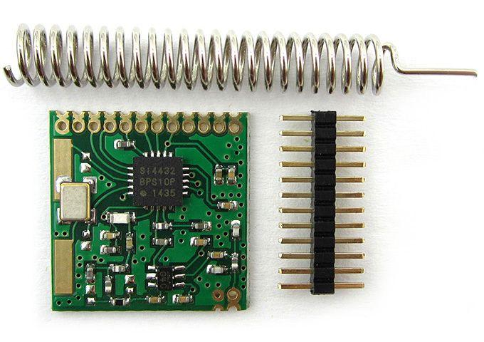 [Из песочницы] Работа с радиомодулями SI4432    В статье рассмотрены функциональные особенности работы радио модуля на микросхеме ISM (industrial, scientific and medical radio bands) трансивера SI4432. Также приведены простейшие примеры программной инициализации модуля и описаны некоторые возможные вариации настройки.    Читать дальше →