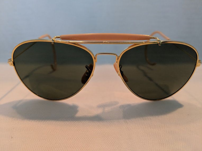 d8532450cbe Vintage Small Aviator Sunglasses With Cable Ear Pieces. Gold   Pink Aviator  Sunnies With Impact Resistant Glass Lenses. Cool Cable Aviators