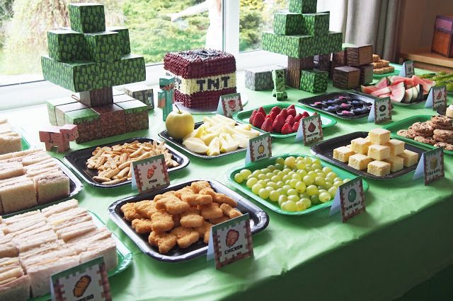 Minecraft Party Food With Slimeball Grapes And Chicken Nuggets