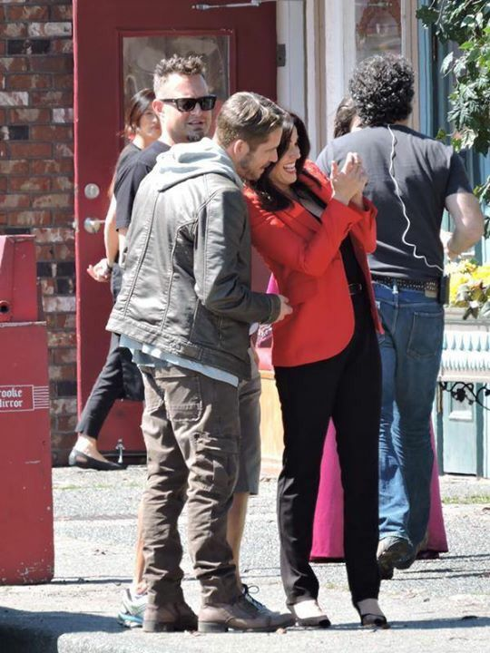 Awesome Lana and Sean (Regina and Robin) Lana and Sean possibly looking at a photo or text on Lana's awesome iPhone 5s or 6 #Once #BTS the awesome Once S5 E5 #Dreamcatcher #Steveston Village #Richmond Vancouver BC Friday 8-21-15