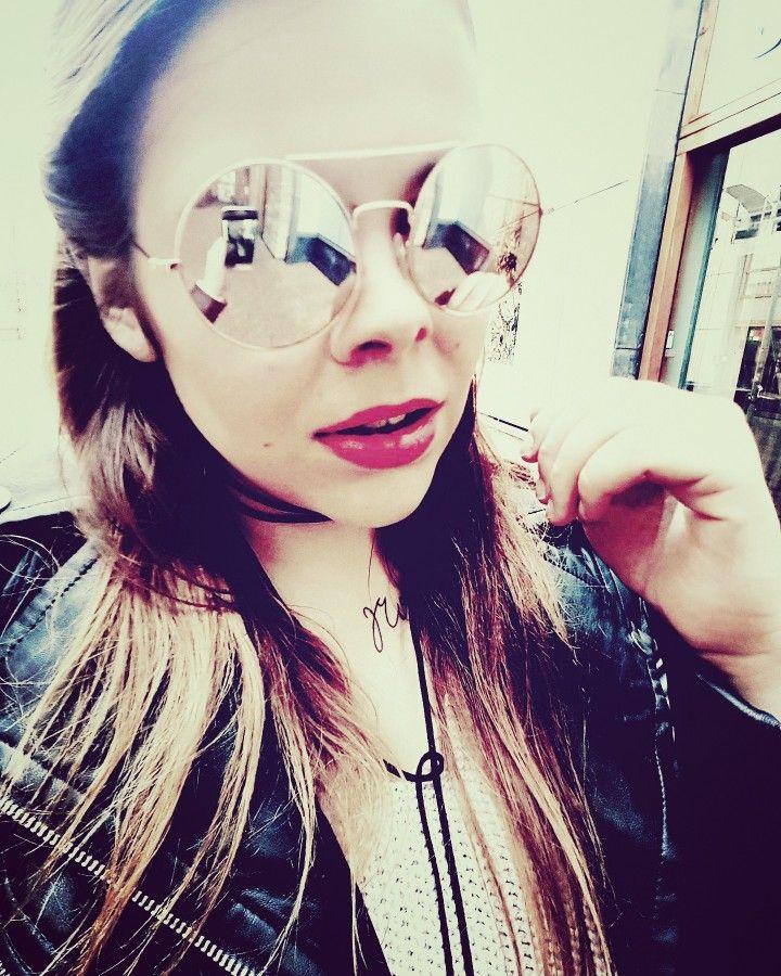 Sunglasses by @berskha! 💛