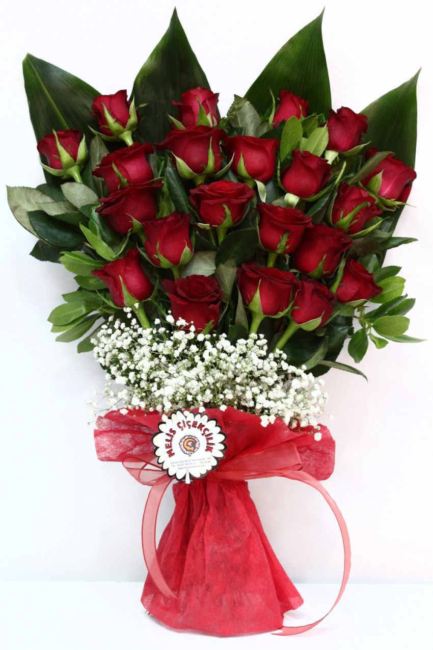 Margarita Ferrell Adli Kullanicinin Roses Panosundaki Pin Buket Cicek Guller