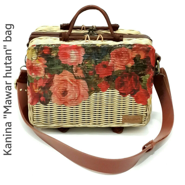 Handmade wicker purse, handwoven rattan bag, straw bag, floral vintage purse, floral sling bag, victorian purse, blossom bag, decoupage wicker bag, shabby chic purse, decoupage purse, handbag gift idea, unique handmade purse, wooden bag, wooden purse