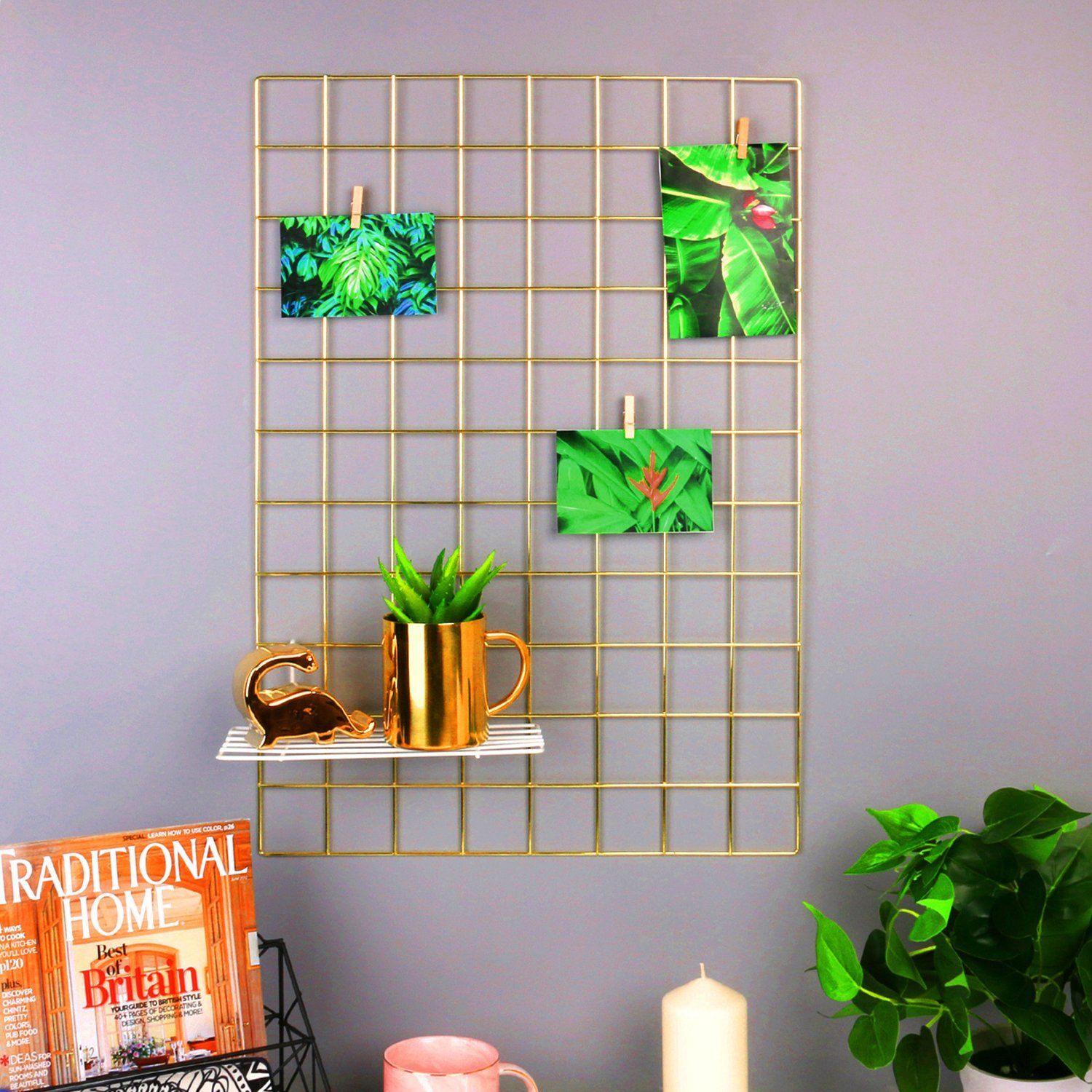 Gold wire wall grid gold walls frames on wall photo