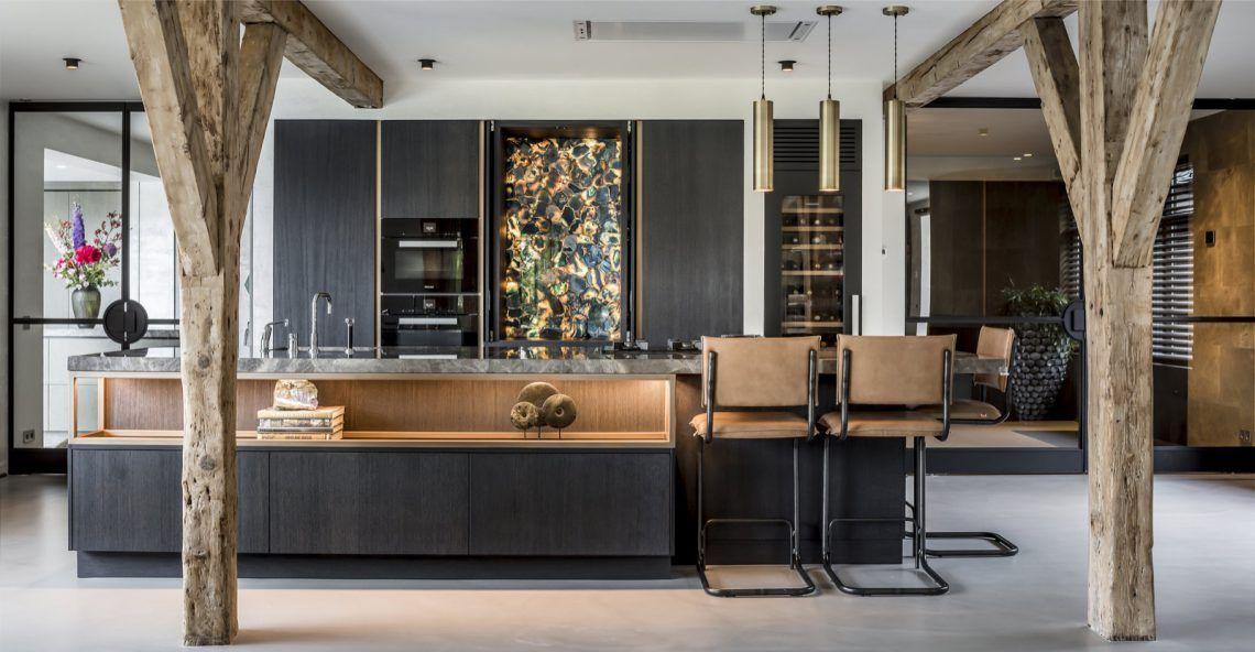 Strakk design interieur hoog □ exclusieve woon en tuin