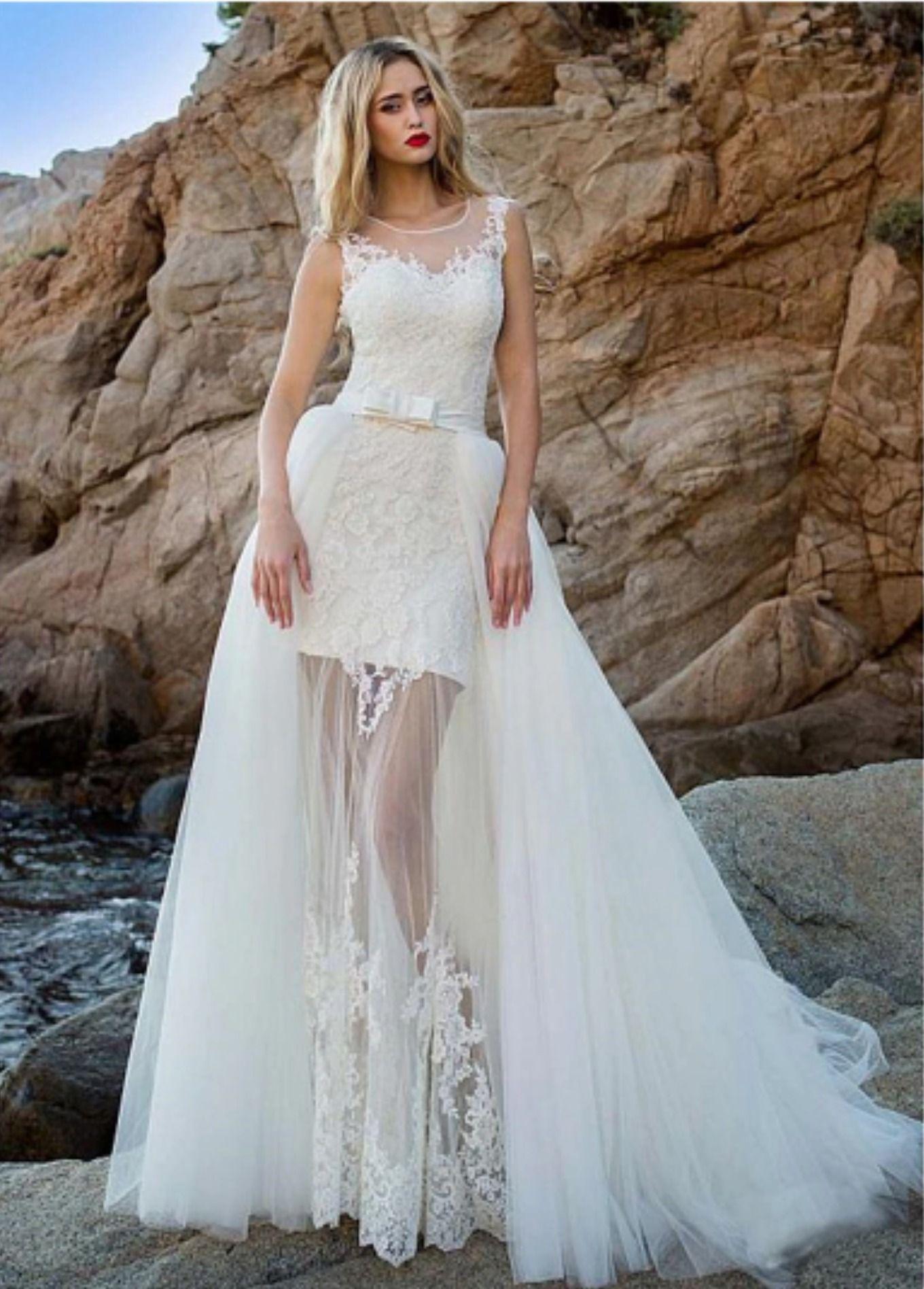 Princess beach Wedding Dress with detachable train Lace