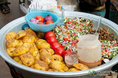 Street food at sadarghat dhaka bangladesh tastebuds street food at sadarghat dhaka bangladesh forumfinder Gallery