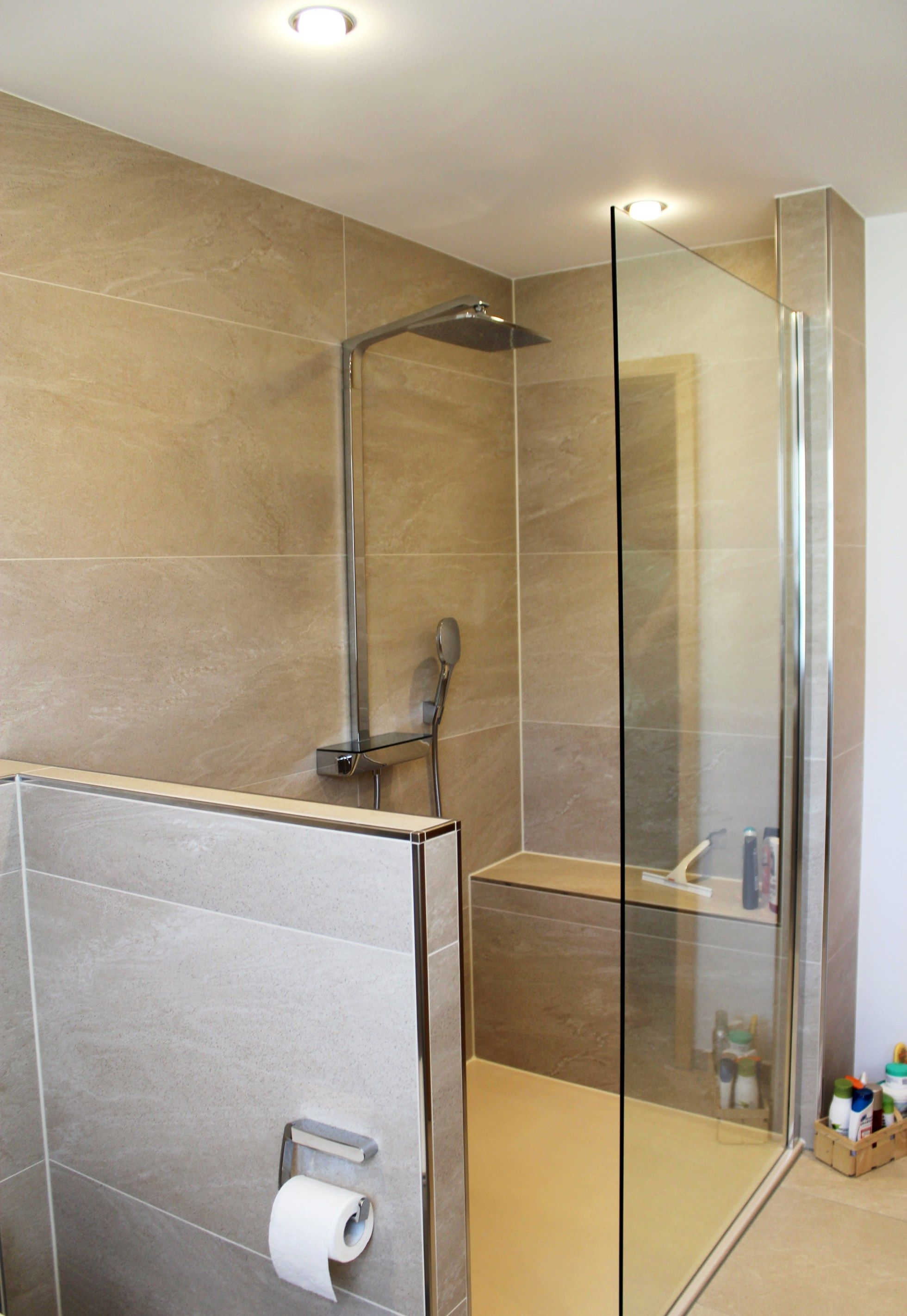 Badezimmer Dusche Gemauert Design Mit Dusche Mit Sitzbank ...