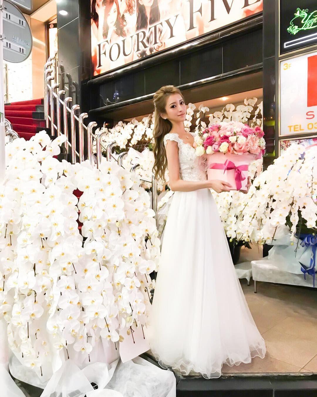 37b54835a24ec 45リニューアルopen💐 今回お店のお花をお願いしたのは AMIさん ...
