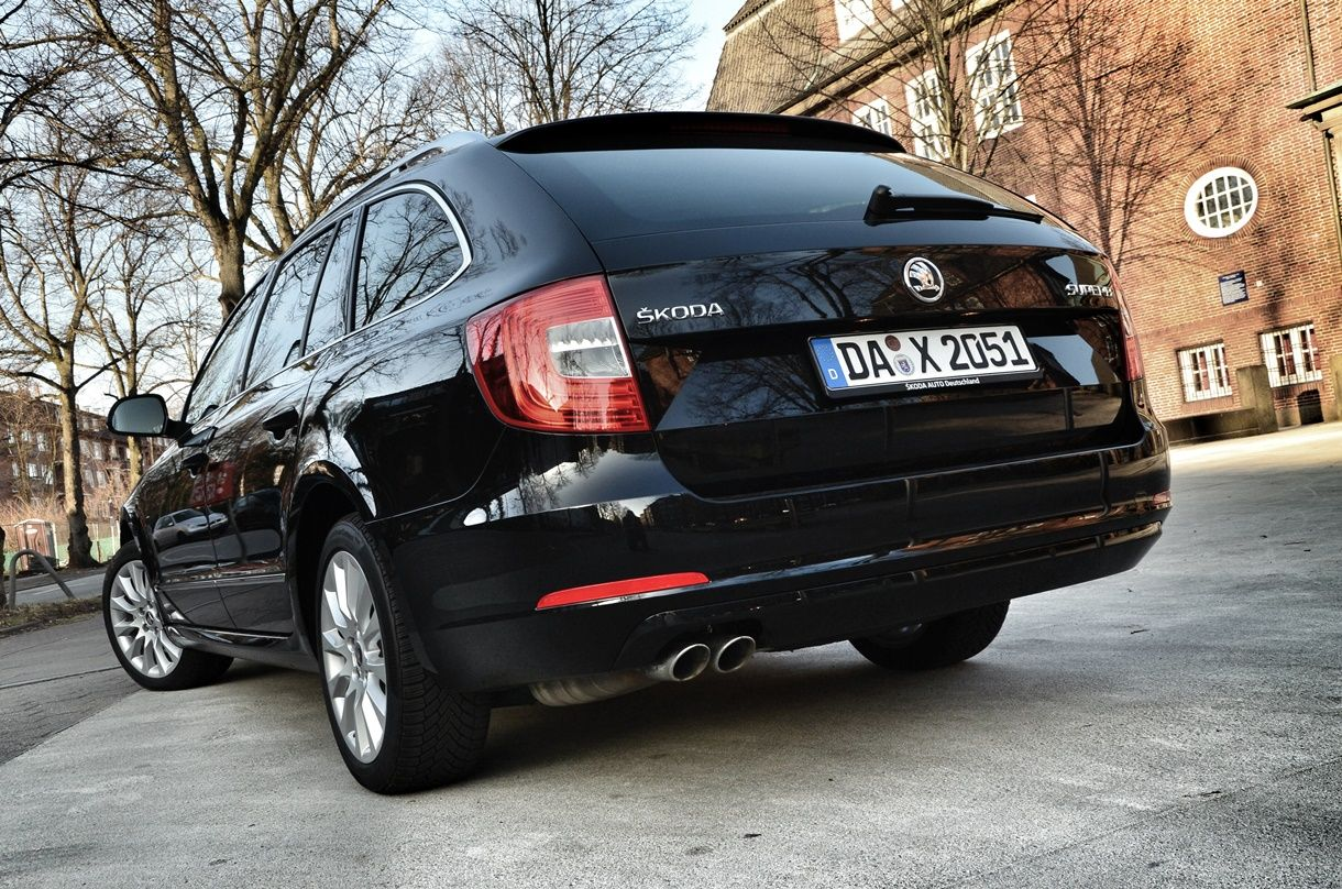 Škoda Superb Combi Im Familiencheck Familienauto