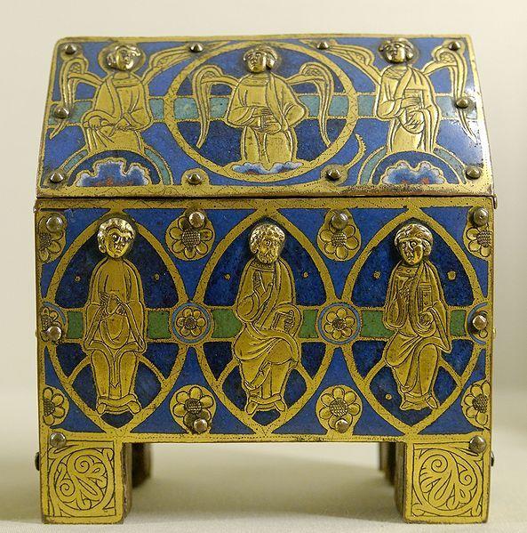 Chasse. Apôtres et anges. Cuivre champlevé émaillé et doré. Musée de Cluny. Paris. 5e