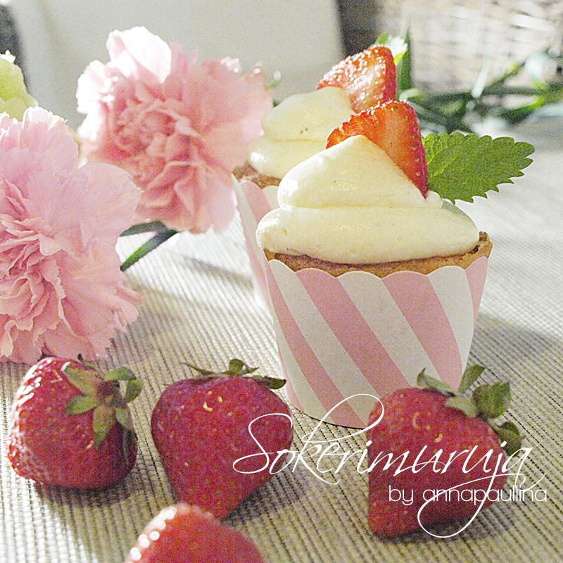 Mansikka-mustapippuri kuppikakut. NAM!  Strawberry - Black pepper Cup Cakes.   Recipe is in my blog --> Sokerimuruja