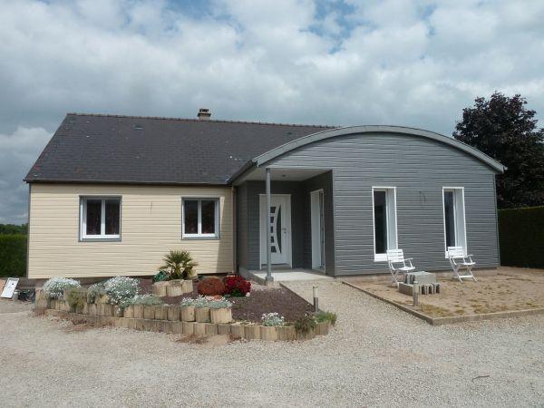 Extension bois extension bois toit courbe en Mayenne département 53