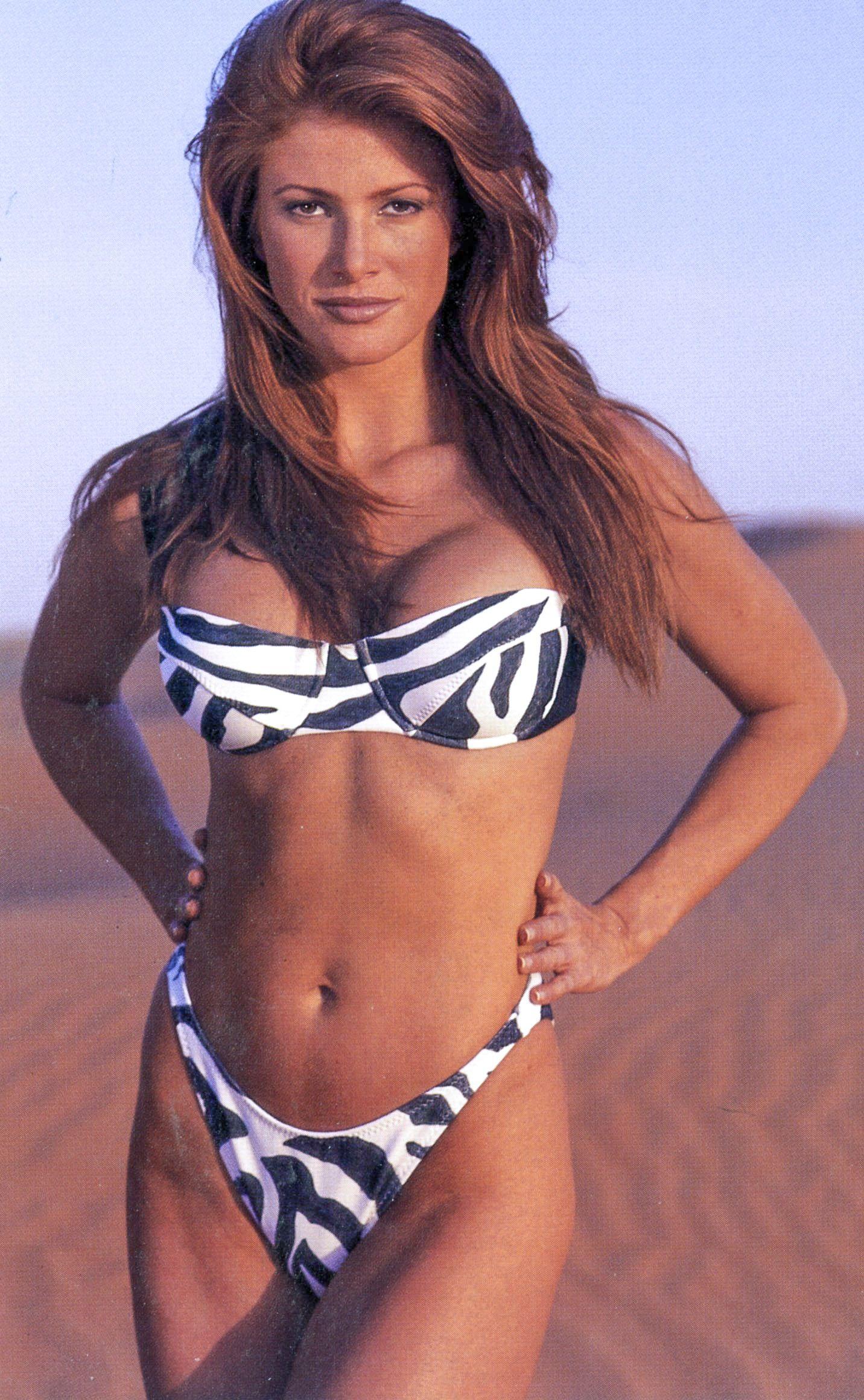 Angie Sou Nude Photos 90