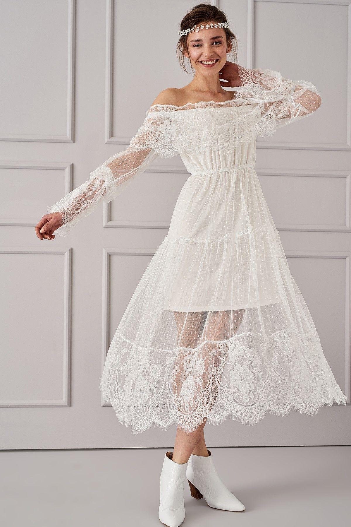 Ekru Carmen Yaka Elbise Trendyolmilla Trendyol The Dress Kadin Victorian Elbiseler