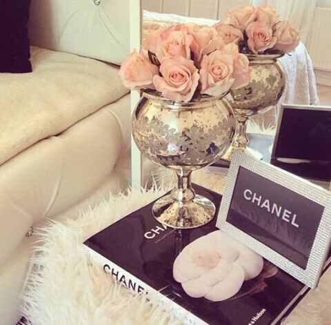 Wohnen, Chanel Inspirierte Zimmer, Glam Schlafzimmer, Glückliche Mädchen,  Mädchenhafte Mädchen, Mädchentraum, Coco Chanel, Feminine Schlafzimmer, ...