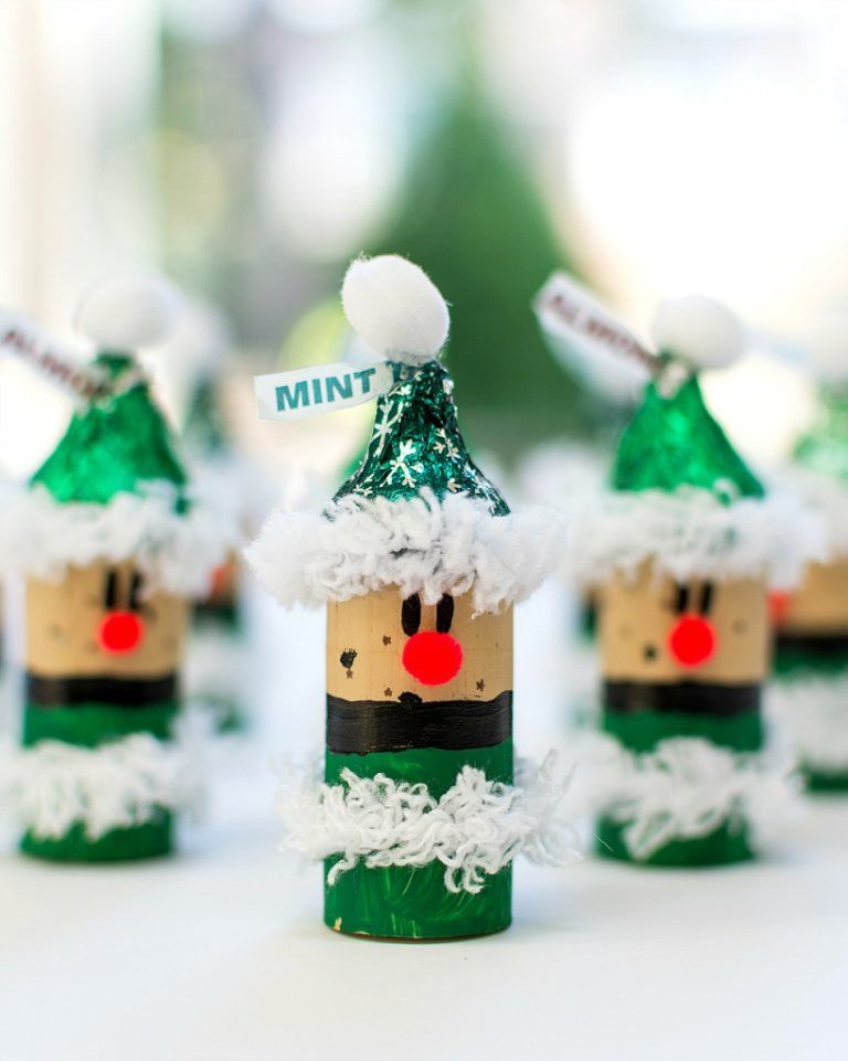 11 Wine Cork Christmas Crafts Thatu0027ll Make