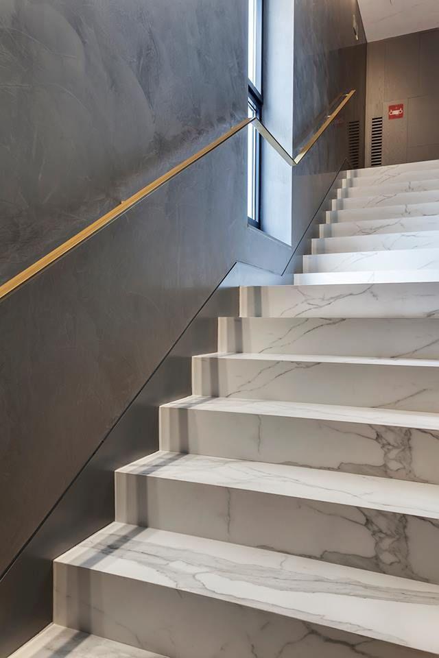 Attrayant 18157939_1773782792935762_4497271810953254219_n (640×960) Metal Stair  Railing, Wood Handrail, Staircase