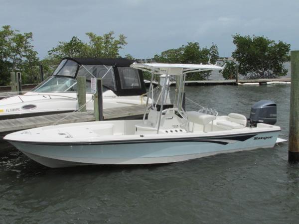 Ranger 240 Bahia Ranger Boats Boat Boats For Sale