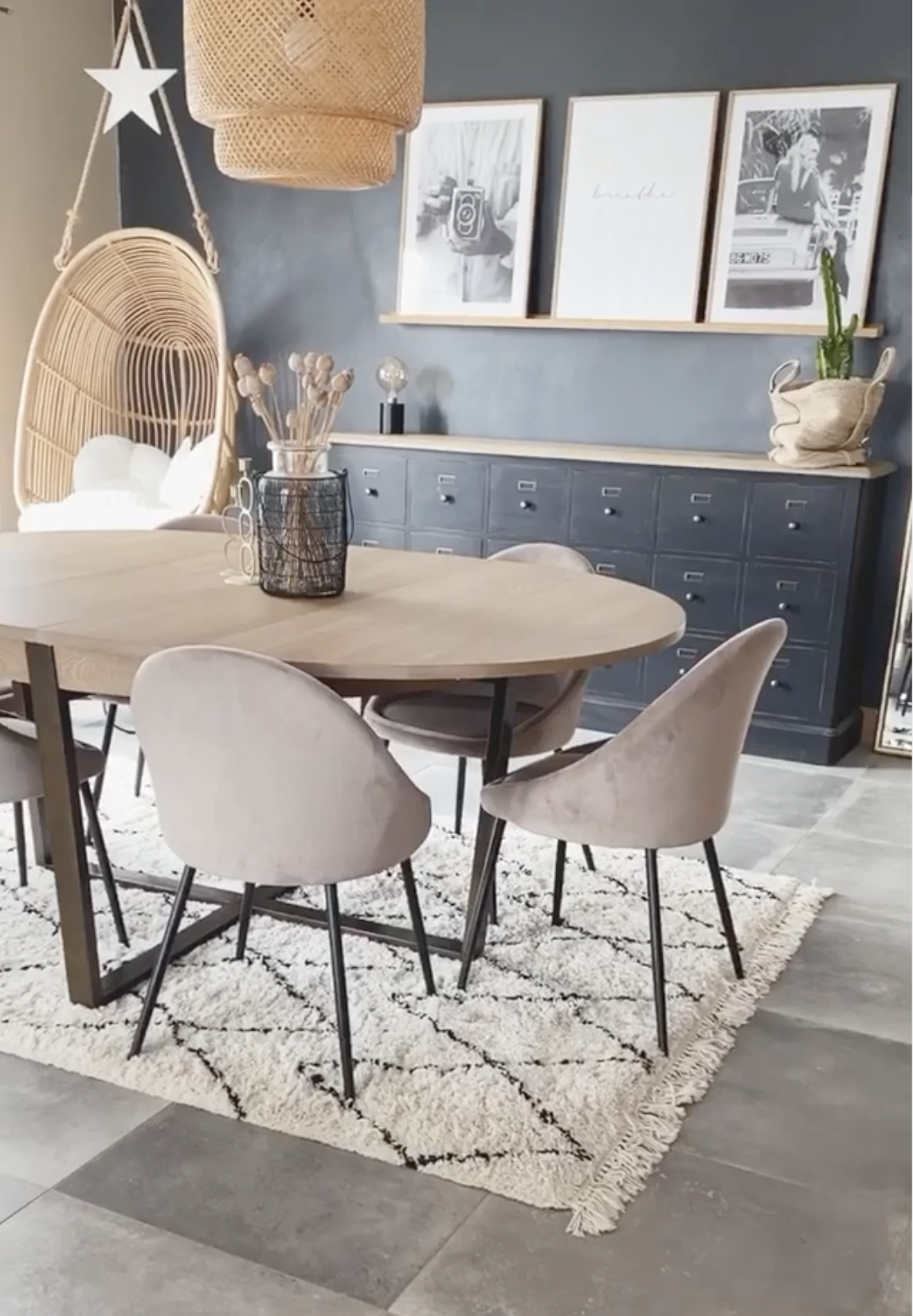 salle a manger table ovale chaise