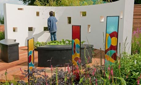 How to build a sensory garden at your school sensory for Sensory garden designs